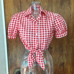 Tops - Red & white button down gingham crop top